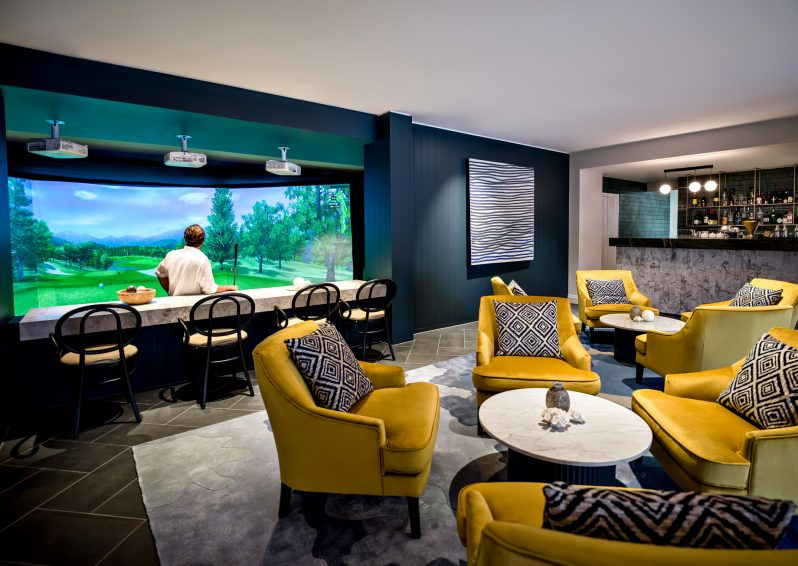InterContinental Hayman Island Resort - Whitsunday Islands, Australia - Golf Simulator Lounge