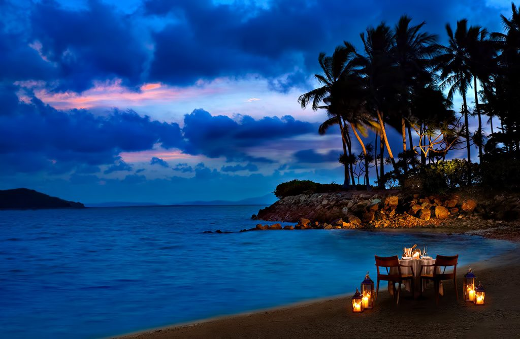 InterContinental Hayman Island Resort - Whitsunday Islands, Australia - Beachfront Dining Night