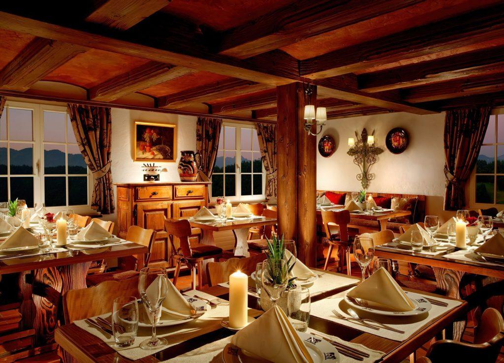 Taverne 1879 - Burgenstock Hotels & Resort - Obburgen, Switzerland - Dining Room