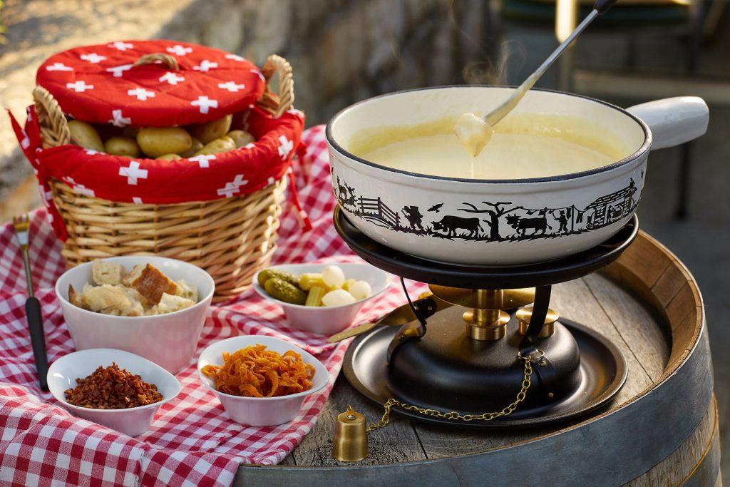Taverne 1879 - Burgenstock Hotels & Resort - Obburgen, Switzerland - Cheese Fondue