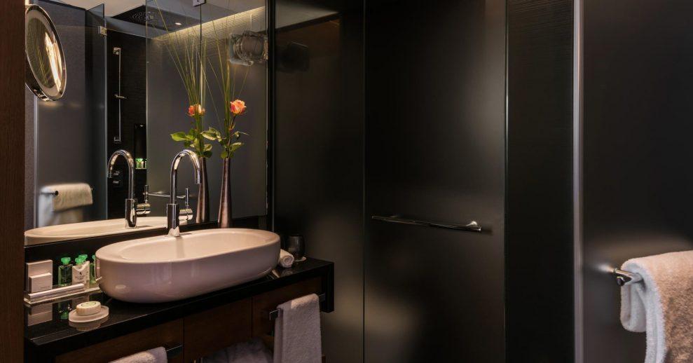 Palace Hotel - Burgenstock Hotels & Resort - Obburgen, Switzerland - Executive Room Lake View Bathroom