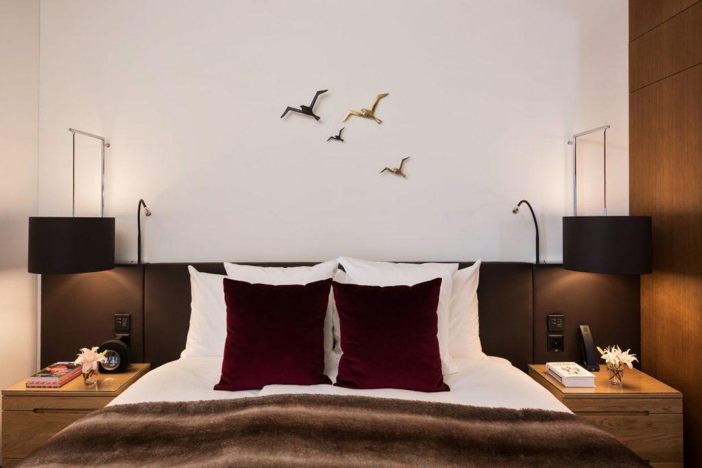 Palace Hotel - Burgenstock Hotels & Resort - Obburgen, Switzerland - Palace Lakeview Suite Bed