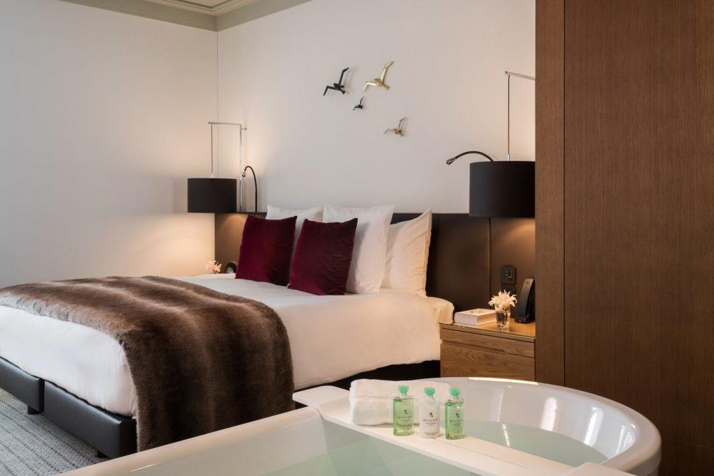 Palace Hotel - Burgenstock Hotels & Resort - Obburgen, Switzerland - Palace Lakeview Suite Bedroom