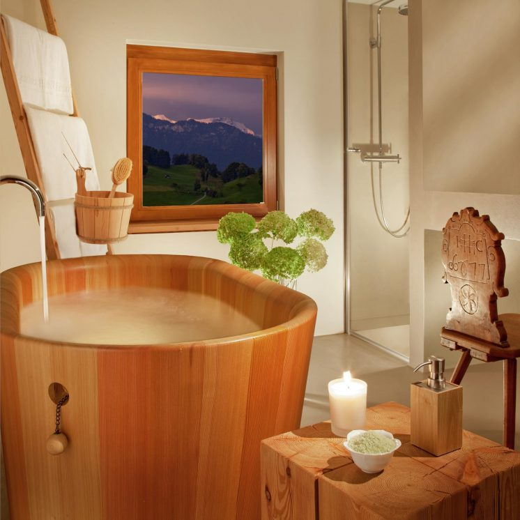 Palace Hotel - Burgenstock Hotels & Resort - Obburgen, Switzerland - Blockhaus Residence Bathroom