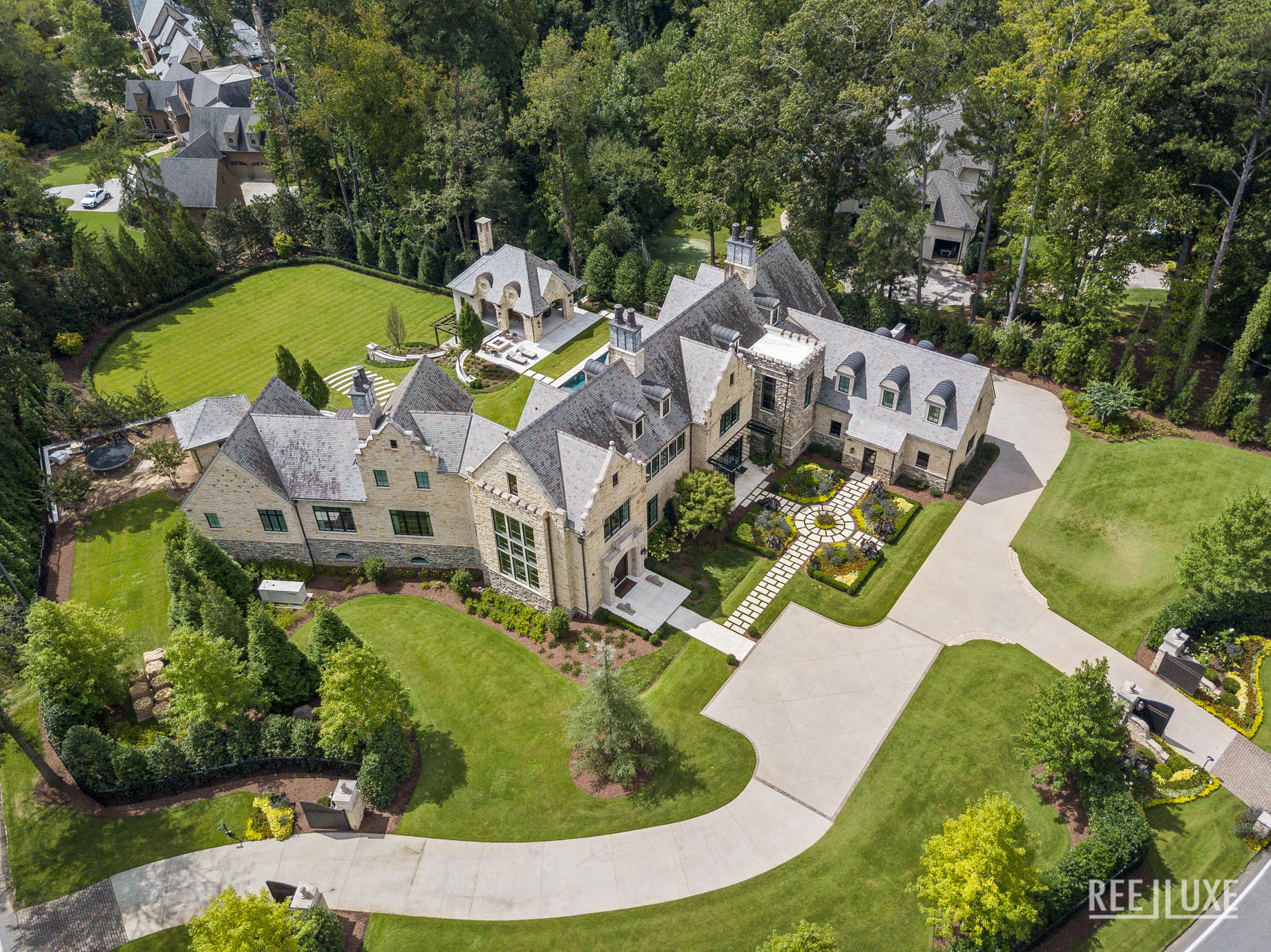 North Buckhead Luxury Estate - 1150 W Garmon Rd, Atlanta, GA, USA