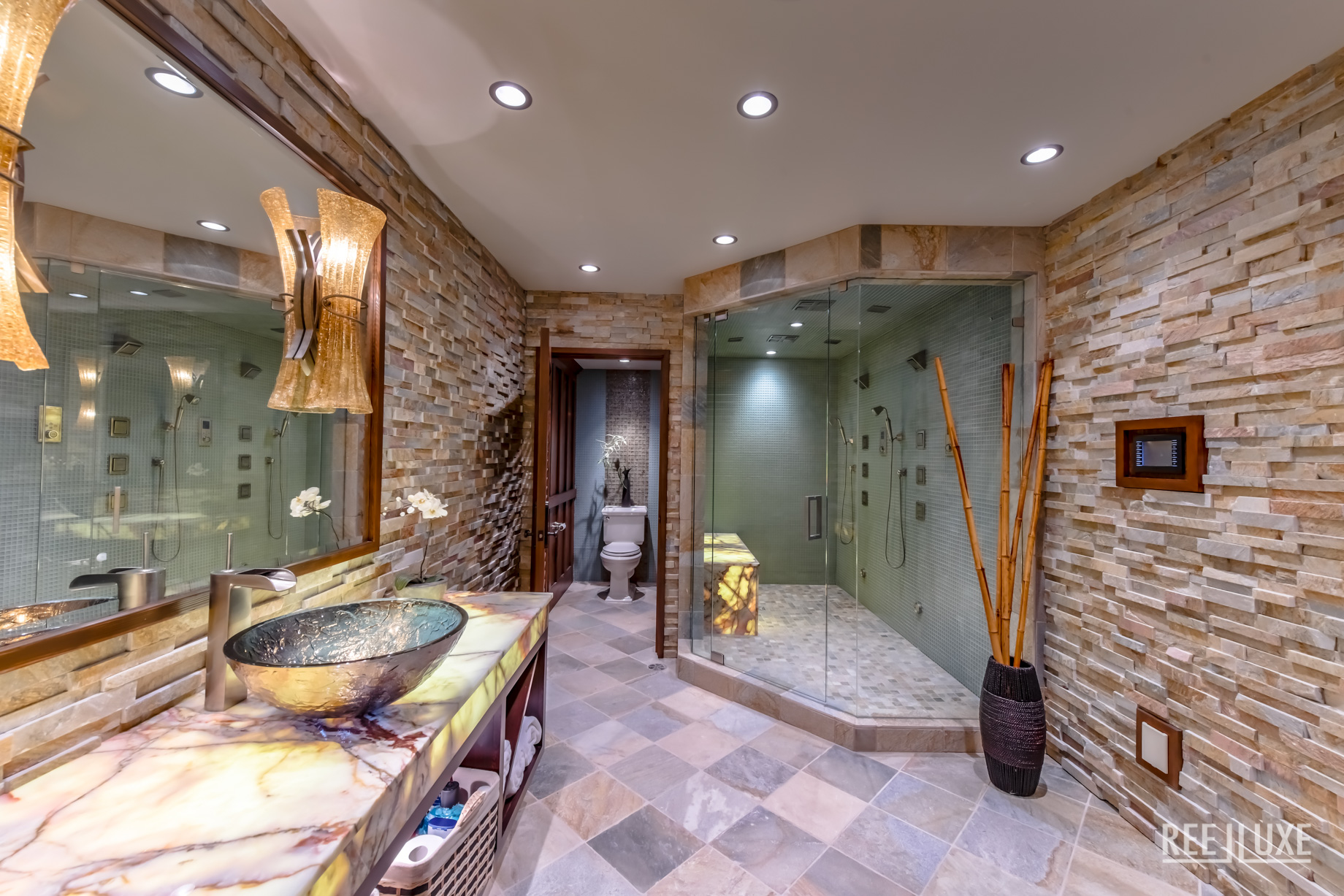 Spectacular Mountain View Estate - 3053 Anmore Creek Way, Anmore, BC, Canada