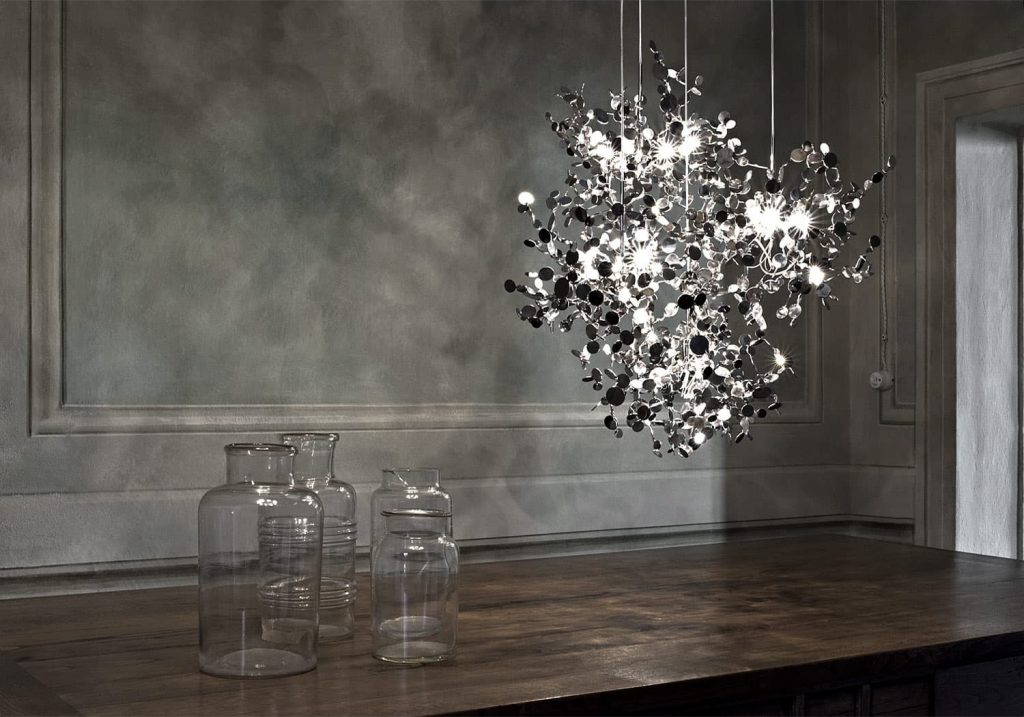 Argent, a Precious Cloud of Light Terzani Lighting Italy - Dodo Arslan - 3 Single Element Shimmering Cloud Suspensions